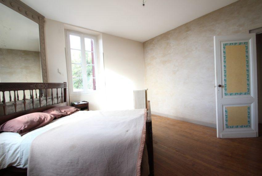 Maison a vendre avec travaux à Quinsac