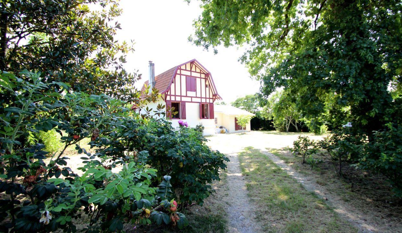 Maison de style arcachonnaise à vendre à Léognan