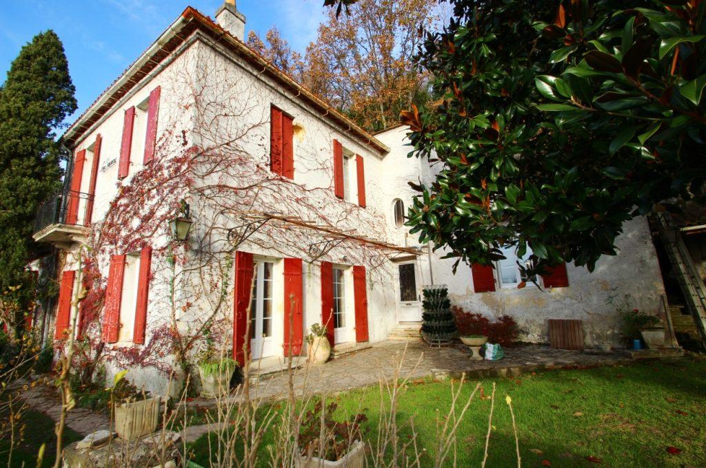 Maison en pierre à vendre à Quinsac
