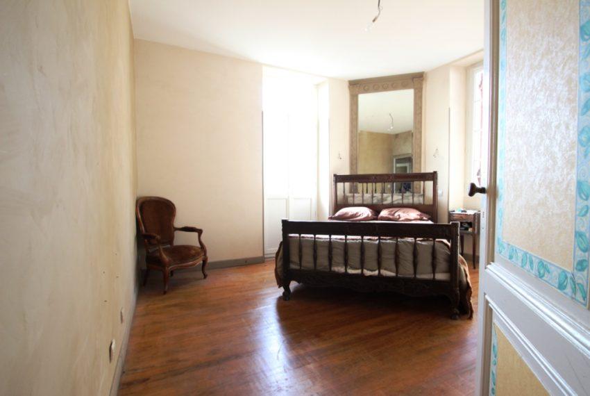 Vend: Maison en pierre à Quinsac