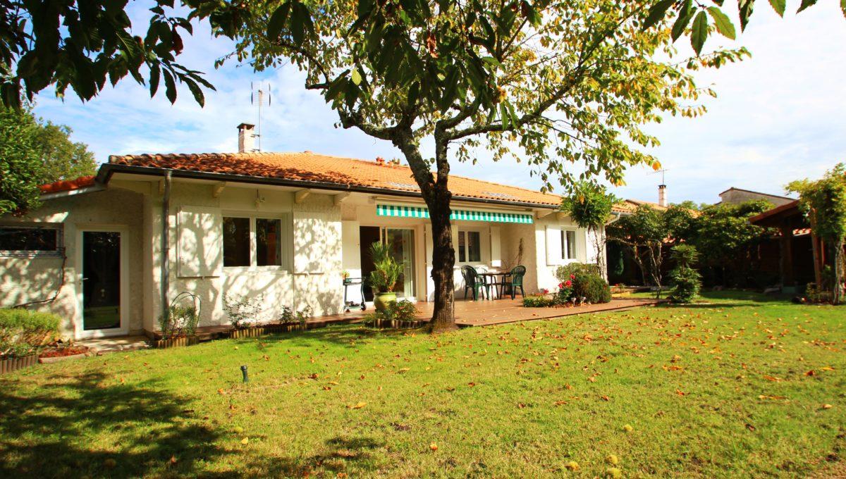 Cestas Gazinet, maison avec jardin à vendre