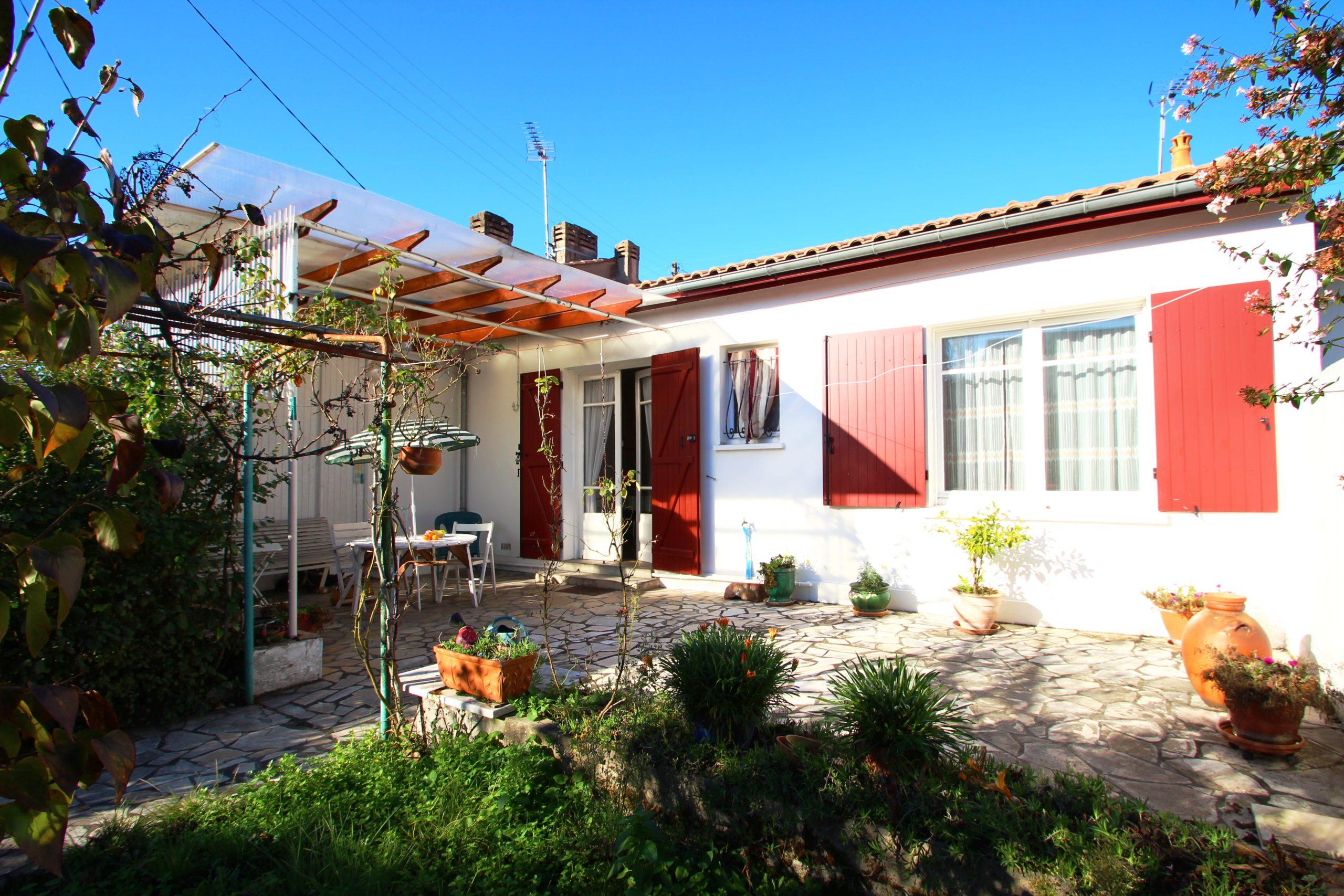 Maison avec Jardin à Cenon