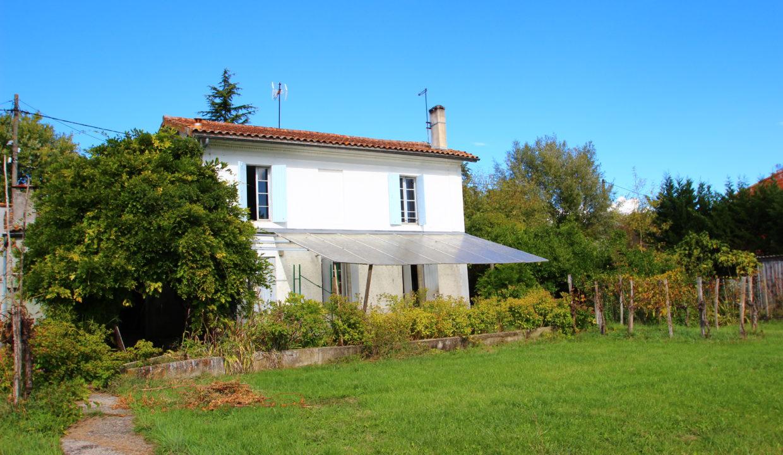 Maison ancienne à vendre à Latresne