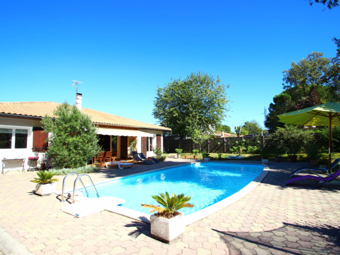 , Maison avec Piscine & Jardin – Cestas Gazinet, Bordeaux Clés en Main