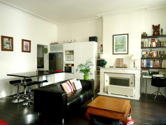 Appartement avec Balcon – Place Fernand Lafargue à Bordeaux