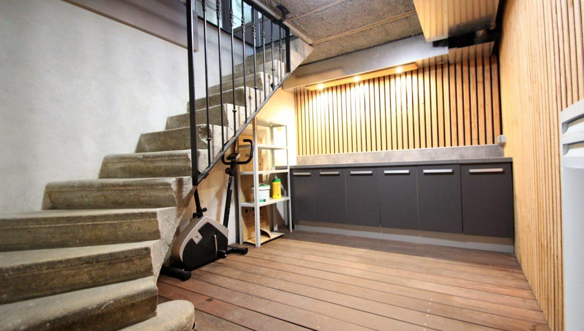 Escalier en pierre à Bordeaux