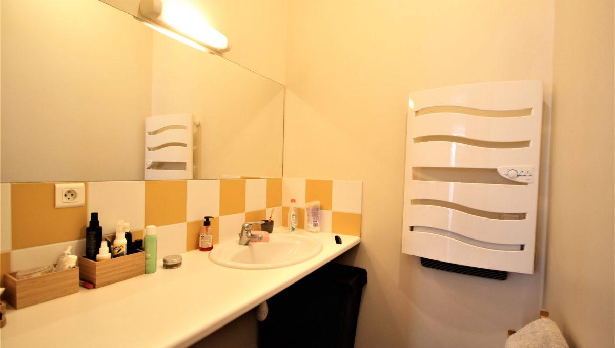 4. A vendre Studio T1 appartement à Bordeaux - Place camille Pelletan - Agence immobilière Bordeaux Clés en Main (4)