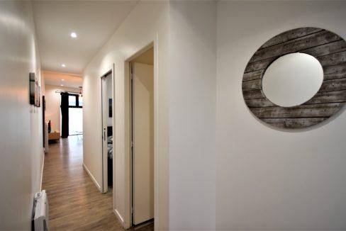 5. Local commercial à vendre - location meublée non professionnelle - Bordeaux clés en main