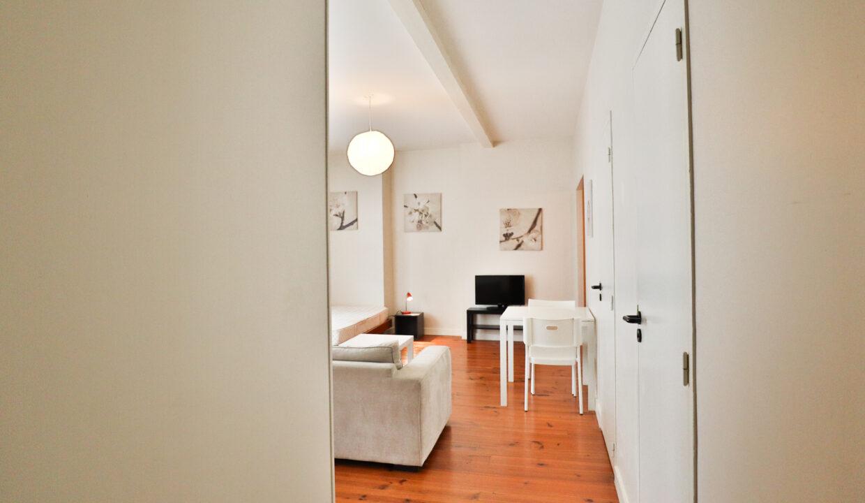 8-studio-meublé-st-michel-agence-immobilière-bordeaux-clés-en-main