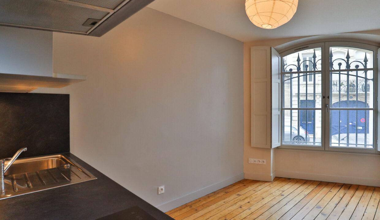 1-agence-immobilière-bordeaux-clés-en-main-studio-chartrons