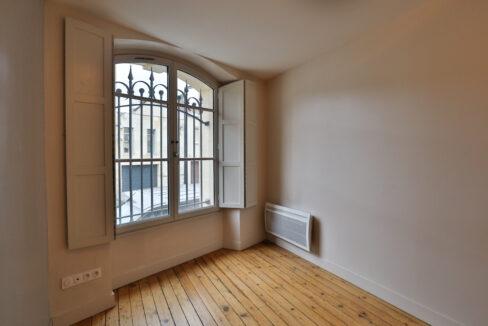 4-agence-immobilière-bordeaux-clés-en-main-vend-appartement-chartrons