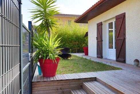 24-agence-immobilière-bordeaux-clés-en-main-maison-T5-terrasse-jardin-parempuyre