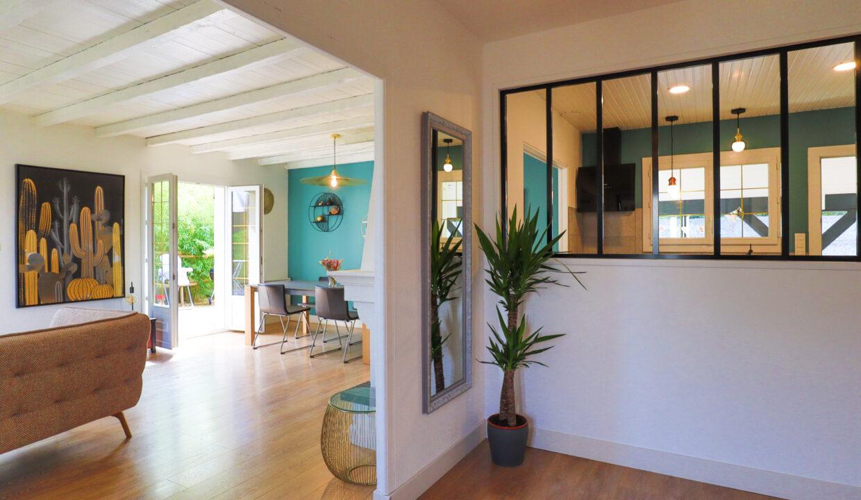 3-agence-immobilière-bordeaux-clés-en-main-maison-T5-terrasse-jardin-parempuyre