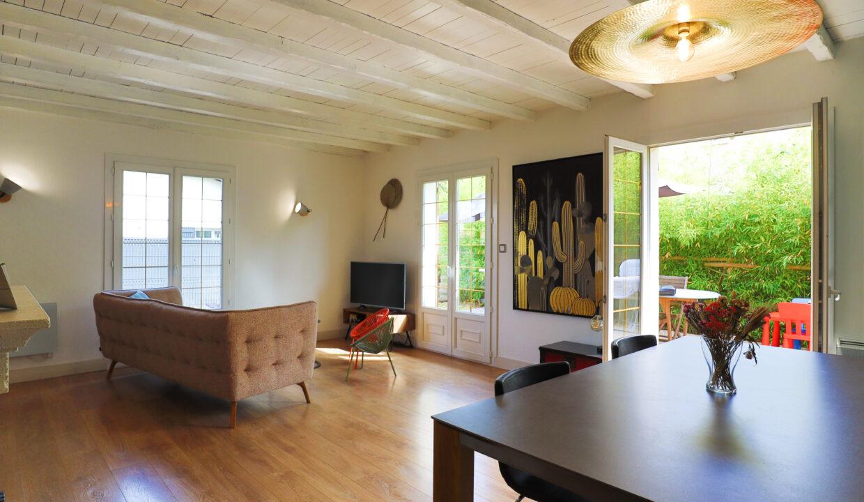 5-agence-immobilière-bordeaux-clés-en-main-maison-terrasse-jardin-parempuyre-gironde